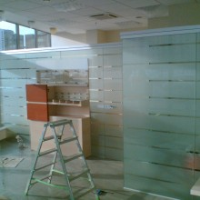 Stiklų dekoravimas plėvele