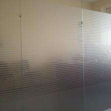Stiklų matinimas dekoratyvine plėvele