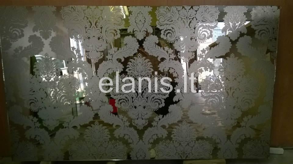 Stiklo dekoravimas plevele kaina