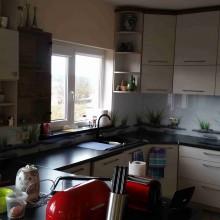 stiklas virtuvei